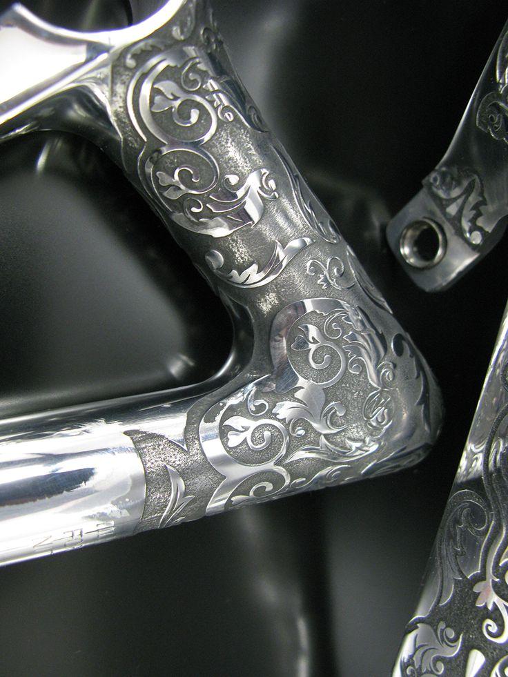 Faites une gravure personnalisée sur les pièces de votre vélo !