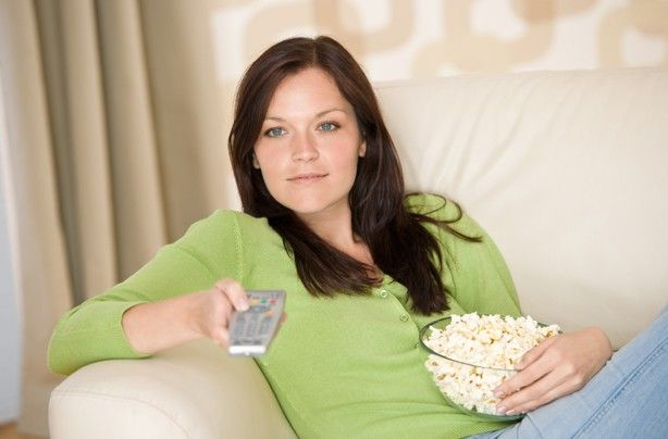 10 easy TV workouts - TV workouts: 10 easy ways to exercise while watching television!