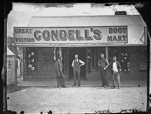 Condell's Great Western Boot Mart (Clarke Street, Hill End, N.S.W), 1871-1875 / American & Australasian Photographic Company