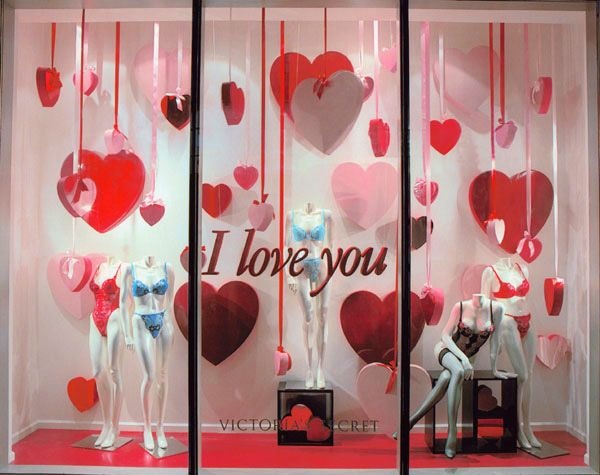 I would adore to work as a stylist for Victoria's Secret! Whether it be helping put together their super glamorous, yearly fashion show, or just helping put together cute window designs such as this. Who doesn't want to be a VS angel?