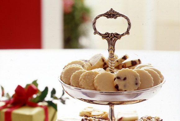 Whipped Shortbread Toonies - try Earl Grey tea version w Bergamont icing