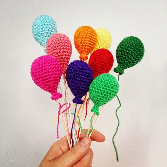 Amigurumi Balloon - Tutorial ❥ 4U // http://www.pinterest.com/hilariafina/