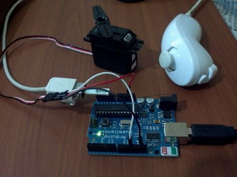 Arduino, nunchuck and servo motor