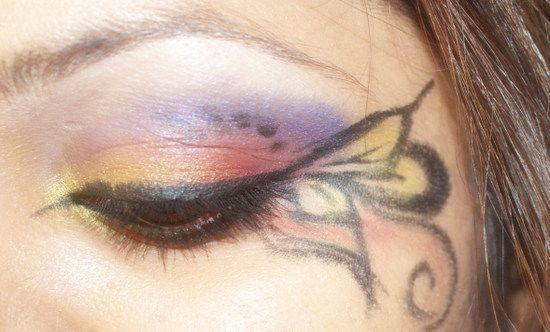 Pretty butterfly makeup :)