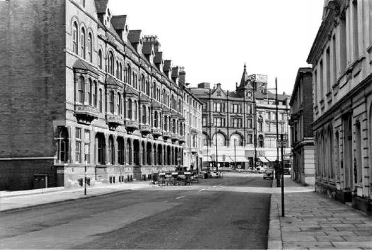 Park Row, Nottingham in 1963, before the construction of Maid Marian Way.