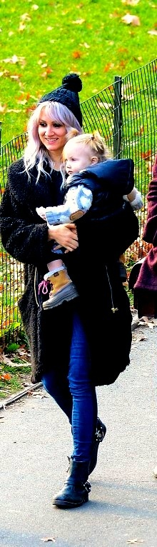 Lou Teasdale and Lux NYC 2Dec