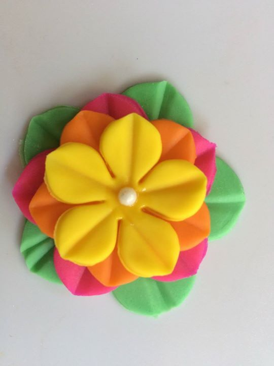 12 Multi color star Hawaiian edible fondant flowers cake cupcake topper decoration favors wedding birthday bridal shower mother's day easter by InscribingLives (19.99 USD) http://ift.tt/1MD5tVl