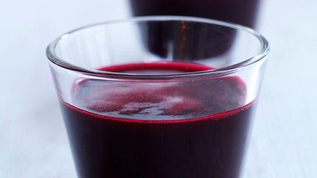 Rødbedejuice som shot | Opskrifter på juice