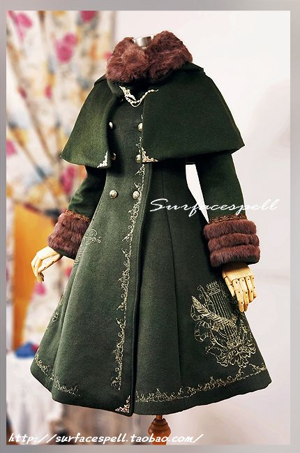 Lolibrary | TaoBao - Coats - Surface Spell Ship Bound for Fairyland Golden Heraldic Embroidery Woolen Coat with Cloak