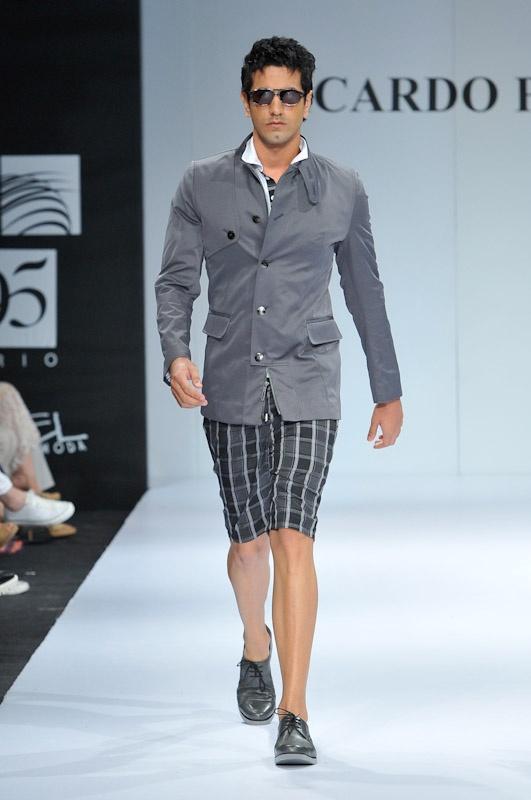 Pasarela Ricardo Pava - Homenaje en Ixel Moda