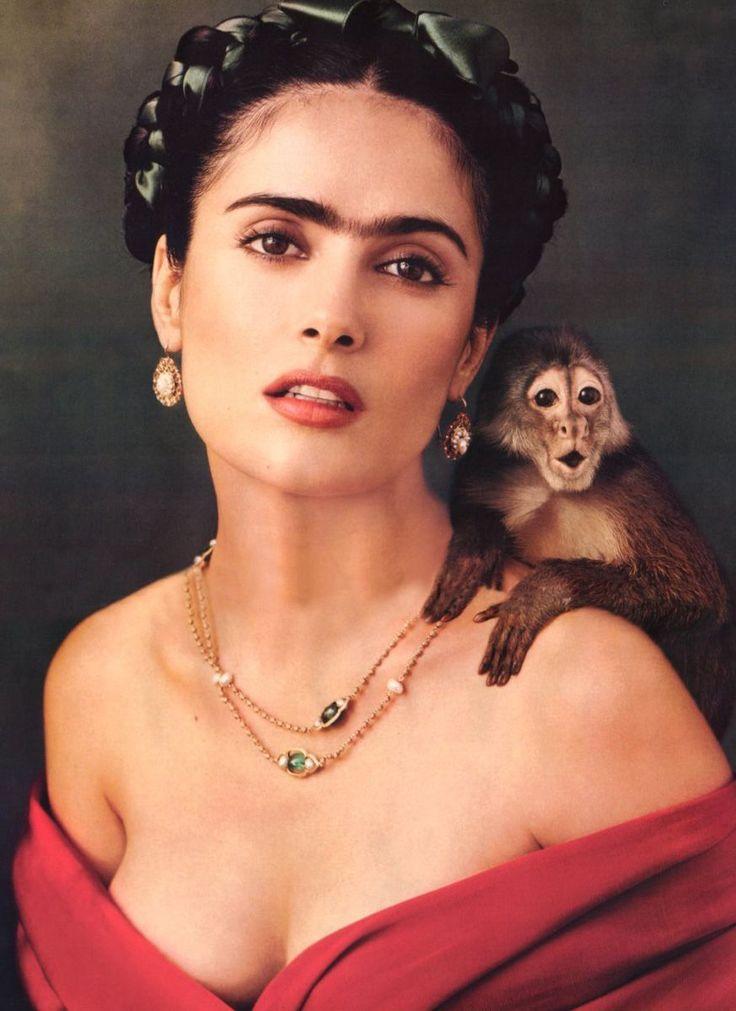 Beautiful shot. <3 the capuchin!