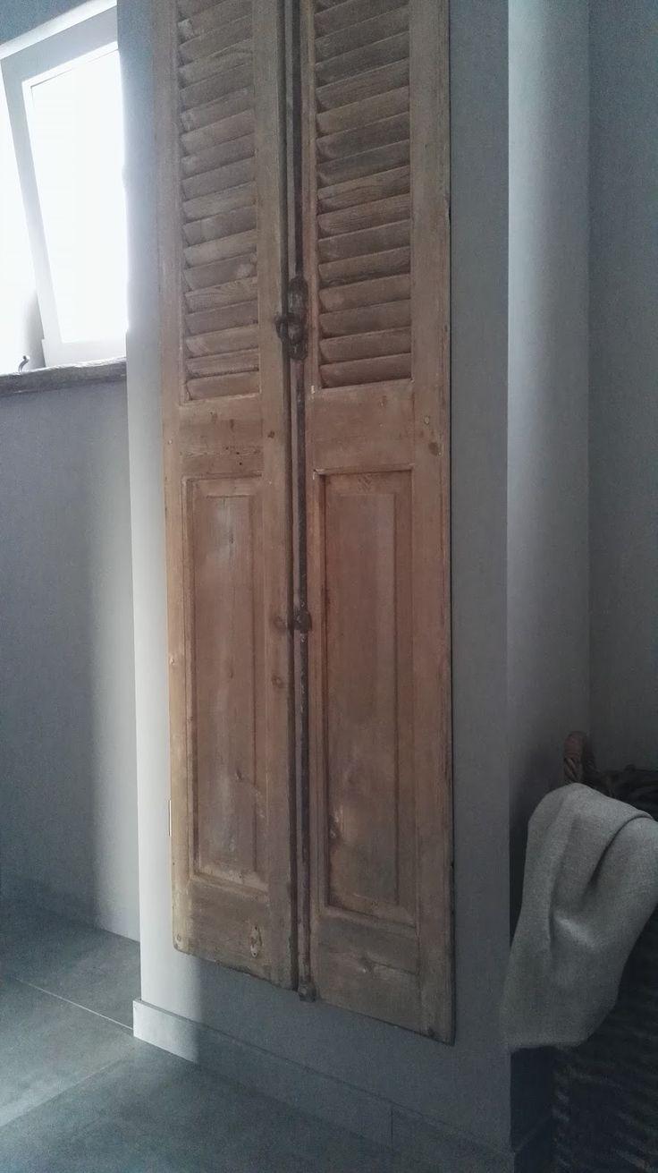 17 beste idee n over badkamer dubbele wastafel op pinterest dubbel wastafelmeubel dubbele - Winkelruimte met een badkamer ...