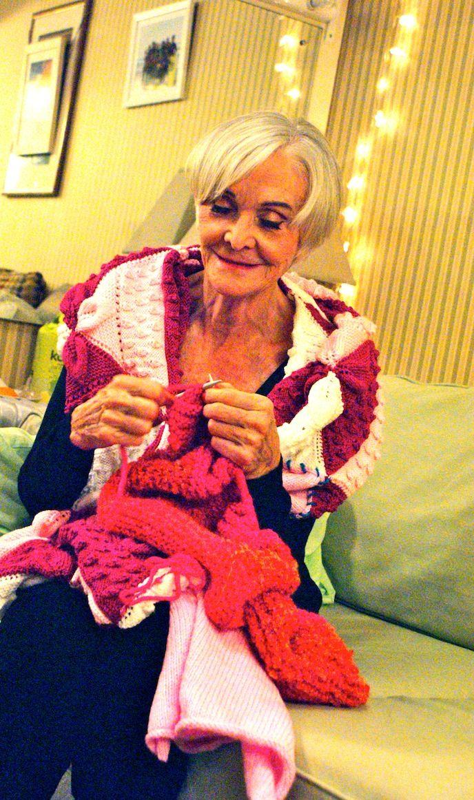 Sheila Hancock Knitting #celebknitters