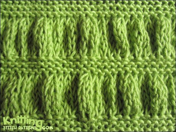 Ruching - Garter Stitch Stripe  |  knittingstitchpatterns.com