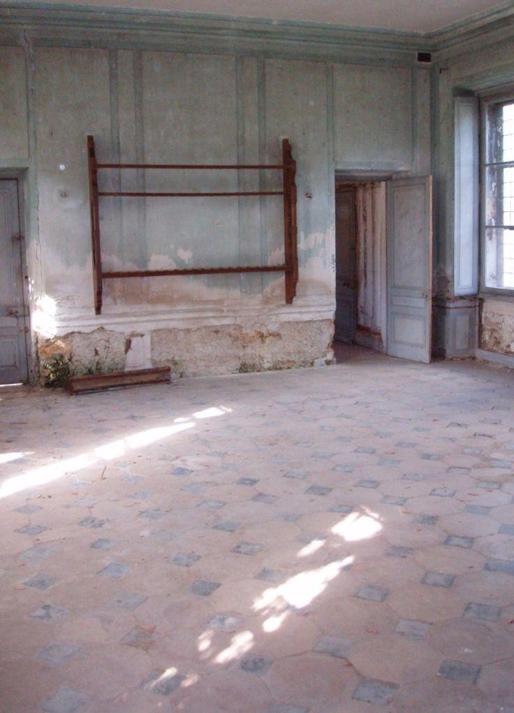 Restauration de la maison de la reine au hameau salle de for Restauration maison