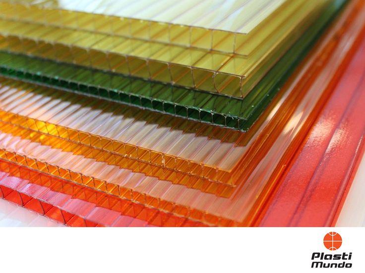 ROTULACIÓN E IMPRESIÓN DIGITAL EN MÉXICO. Plastimundo somos el distribuidor de lámina más grande de América y gracias a esto, en nuestras sucursales encontrará una gran variedad de placas de policarbonato. Éstas tienen diferentes usos y aplicaciones como en la construcción, el diseño, la arquitectura y el hogar, entre otros. Sus potenciales características se centran en la resistencia, durabilidad, la buena transmisión de luz y adaptación a cualquier superficie. #materialesparaimpresion