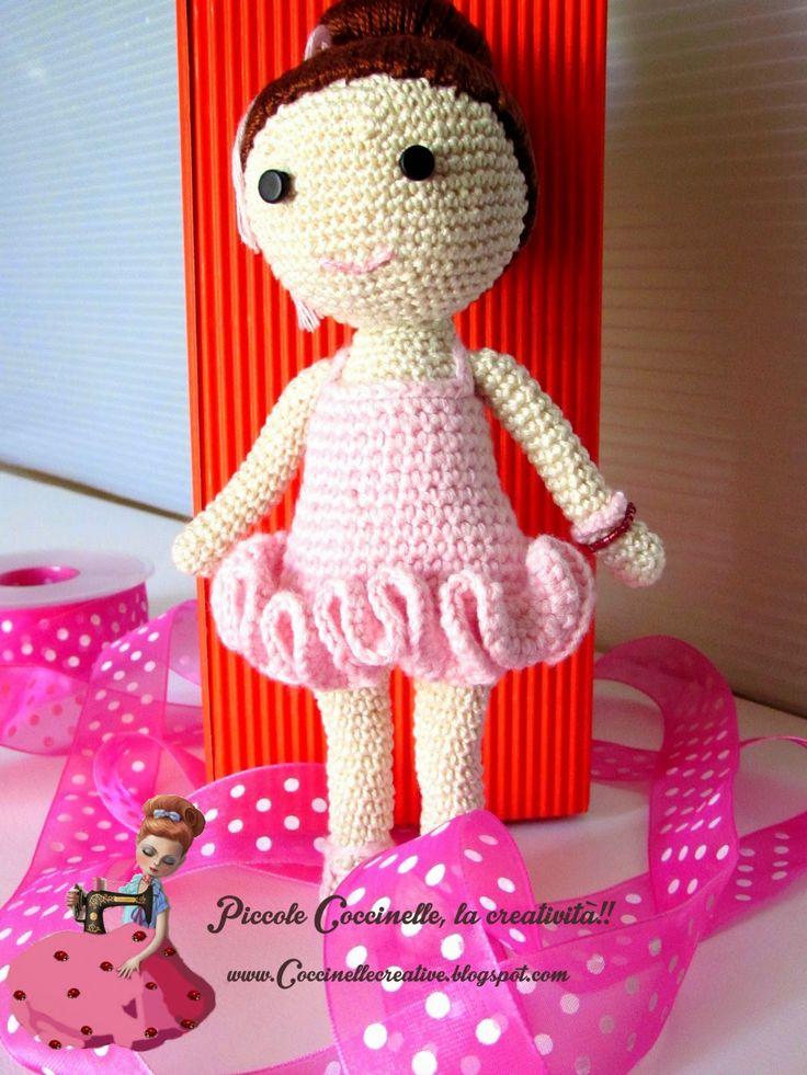 Ballerina classica realizzata con tecnica amigurumi, a uncinetto crochet!! Per informazioni e schema http://coccinellecreative.blogspot.it/2014/06/ballerina-classica-amigurumi.html