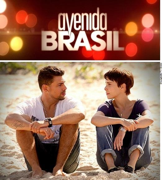 Novela Avenida Brasil / Avenida Brasil-sarja toi tavalliset ihmiset telenoveloihin (HS 11.12.2012). Yle Teema voisi näyttää tämän meille suomalaisille.