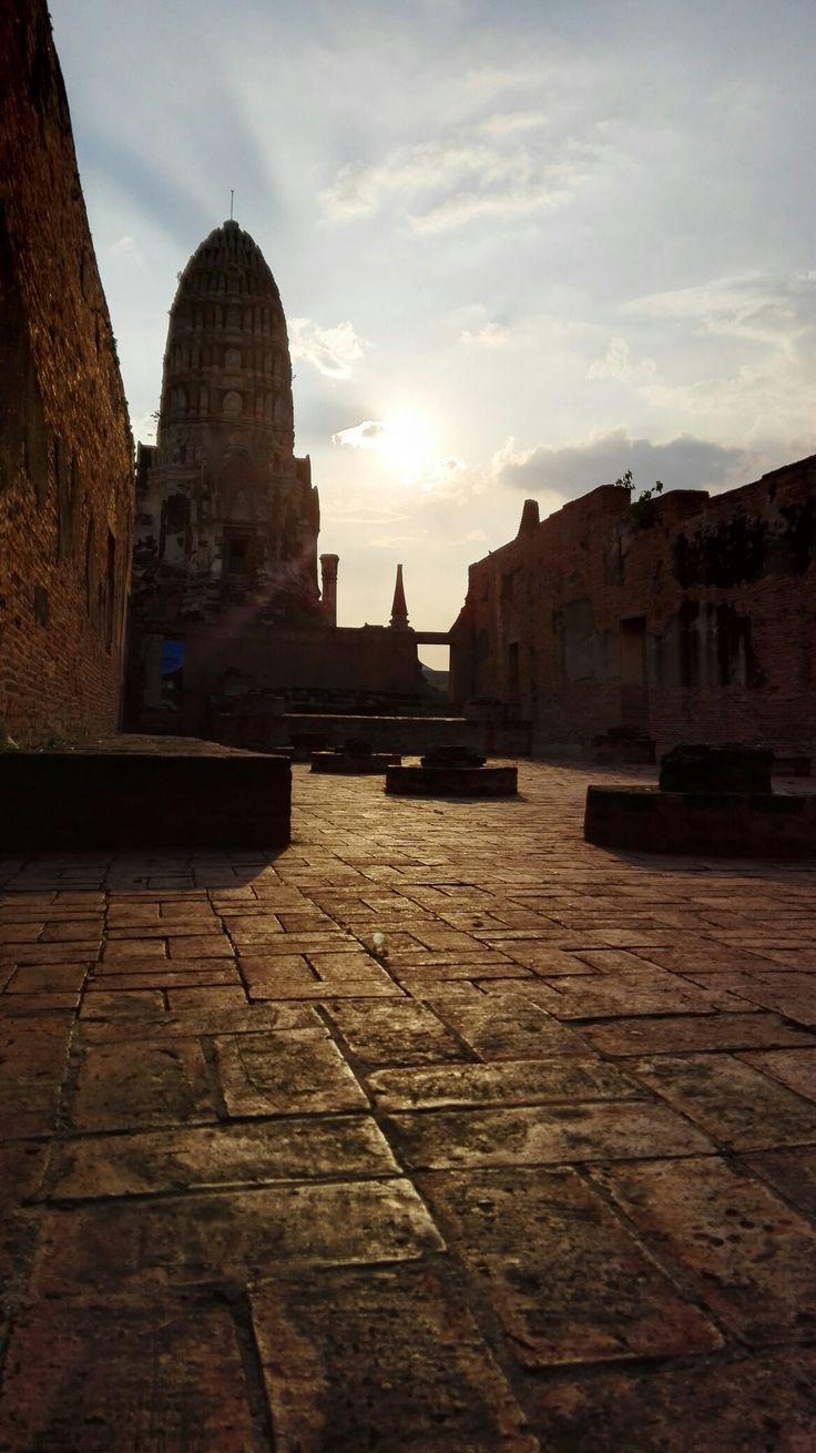 Wat Ratchaburana (วัดราชบูรณะ), Ayutthaya, Thailand.