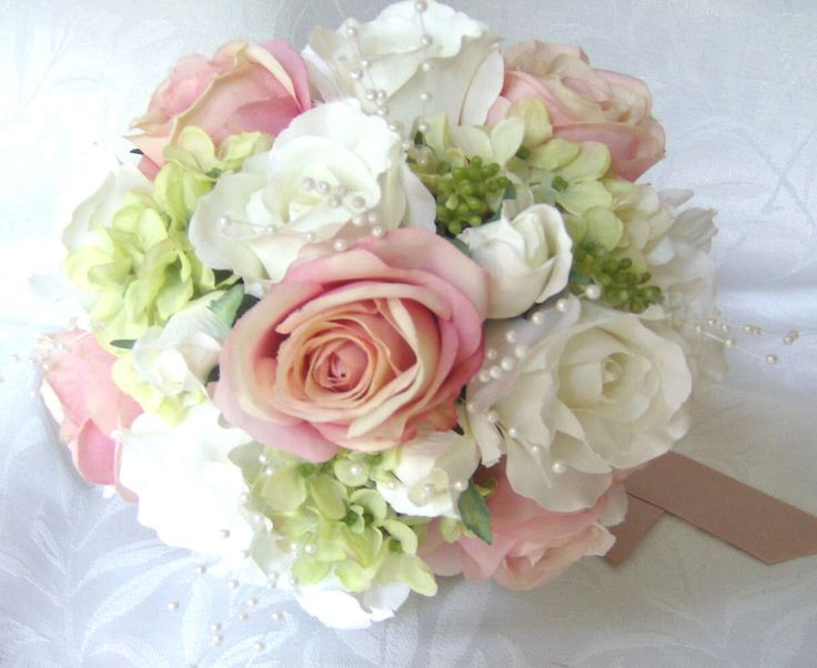 pink roses with sage green hydrangea bouquet