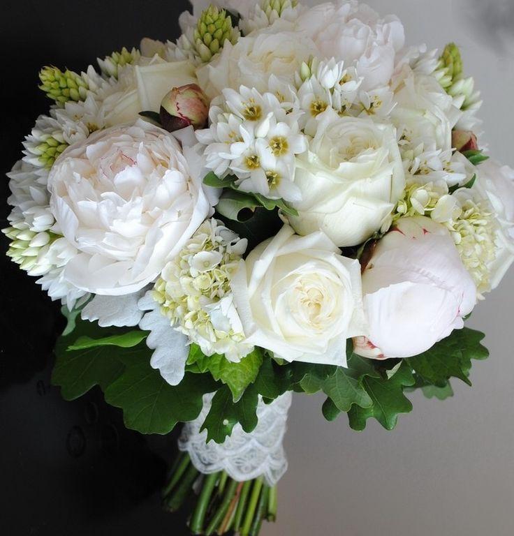 White mix flower posy bouquet