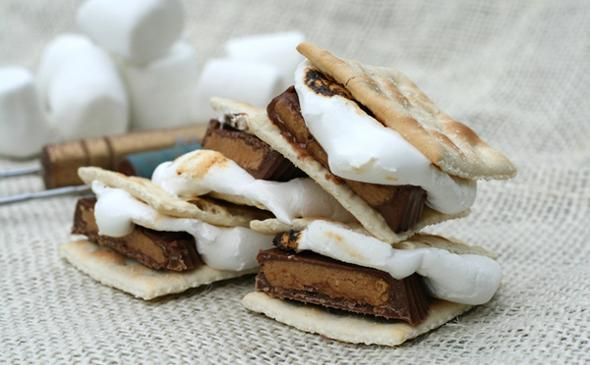 Saltine (or Ritz cracker!) S'More Recipe: Sweet & Salty Campfire Treat
