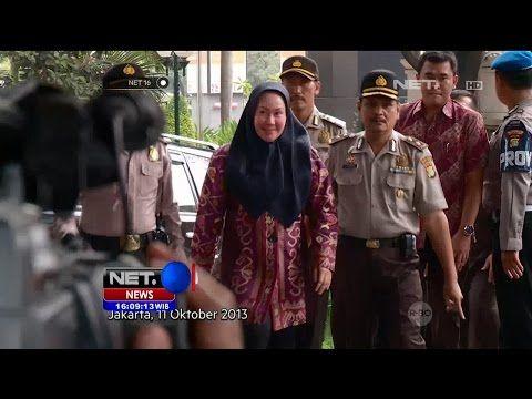 Ratu Atut Chosiyah Resmi Diberhentikan sebagai Gubernur Banten - NET16 - YouTube