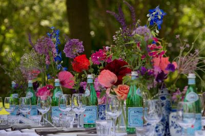 Prachtige gedekte tafel! -> www.etenvaneenlekkeretafel.nl