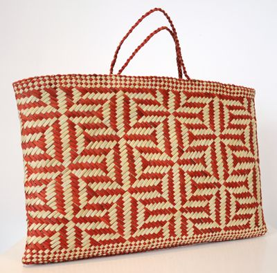 Lisa McKendry Kura Gallery Maori Art Design New Zealand Flax Harakeke Weaving Kete Kaokao