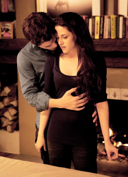 Cullencircus New Old Edward And Bella Still From Breaking Dawn Part 2