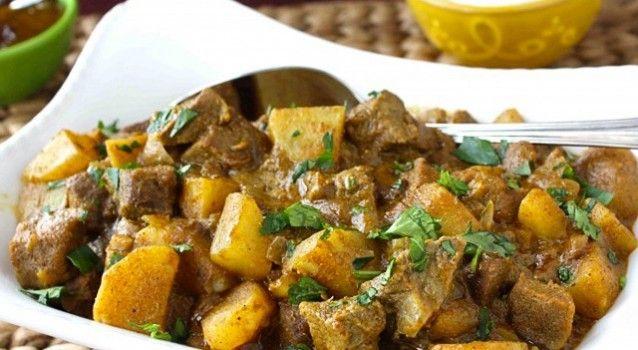 Μοσχαράκι και πατάτες με κάρυ