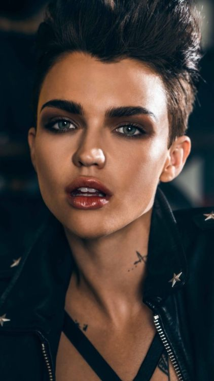 Ruby Rose Official Updates / good idea for Maria