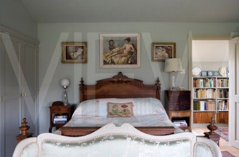 Whin Bridge Railway Carriage House Eype Dorset  Bedroom
