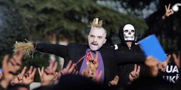 Το προεκλογικό σόου του Έντι Ράμα στην Ελληνική Εθνική Μειονότητα: Στόχος του η διάσπαση