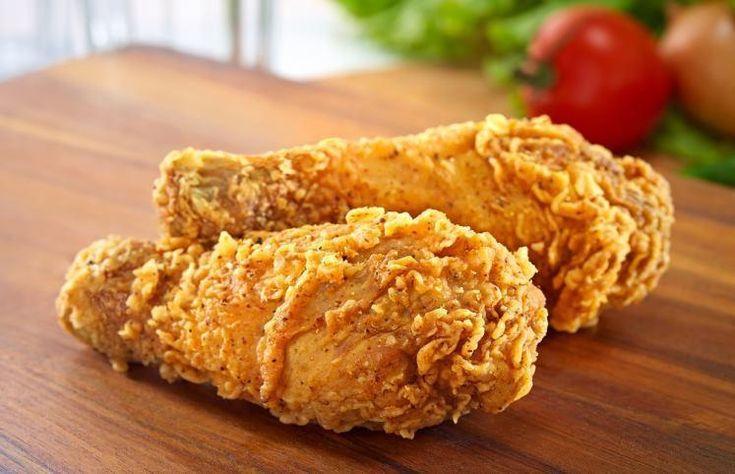 O frango empanado é um dos pratos mais consumidos pelas famílias brasileiras. Aprenda diversas receitas com essa deliciosa iguaria.