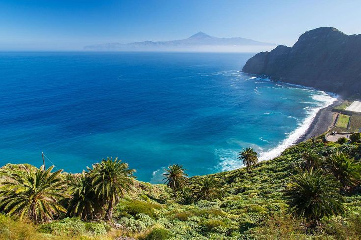 Get everything required to explore Tenerife using Cheap All Inclusive Holidays to Tenerife in 2018. To know more about inclusions on Tenerife Holidays like food, hotels, flights, and amenities dial us at 0203598 4727.