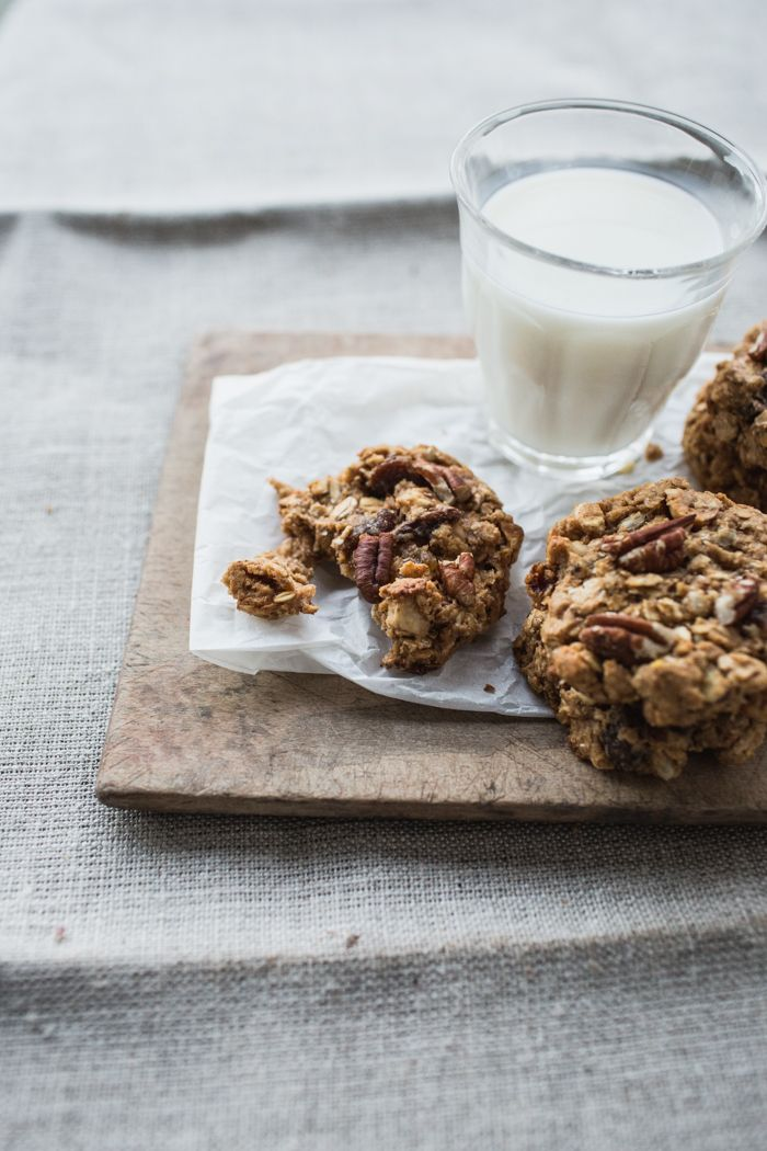 {Celebration Time! } + Muesli Snacking Cookies, How to Make Crumpets and Earl Grey Hot Cross Buns