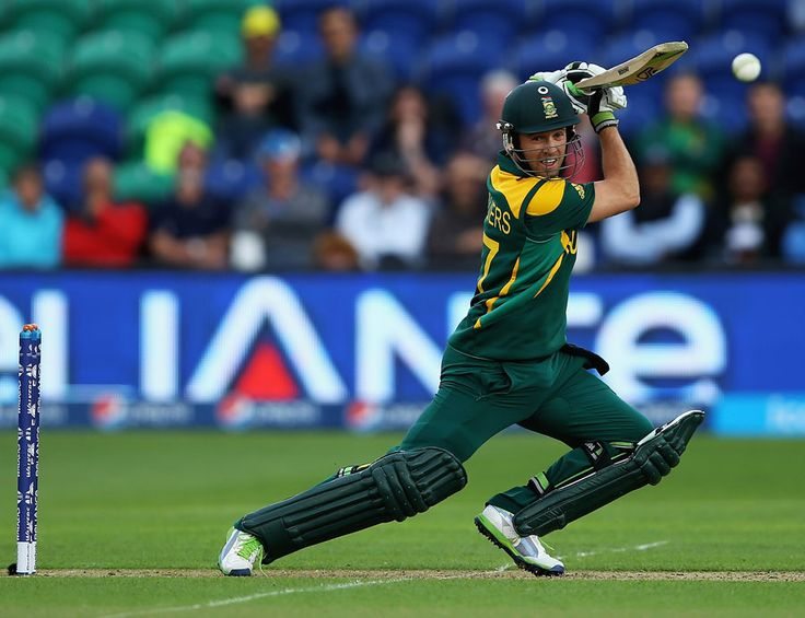 (Photo) AB de Villiers plays square to the off side