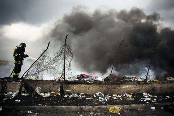 In nome del popolo inquinato - Riparte il futuro