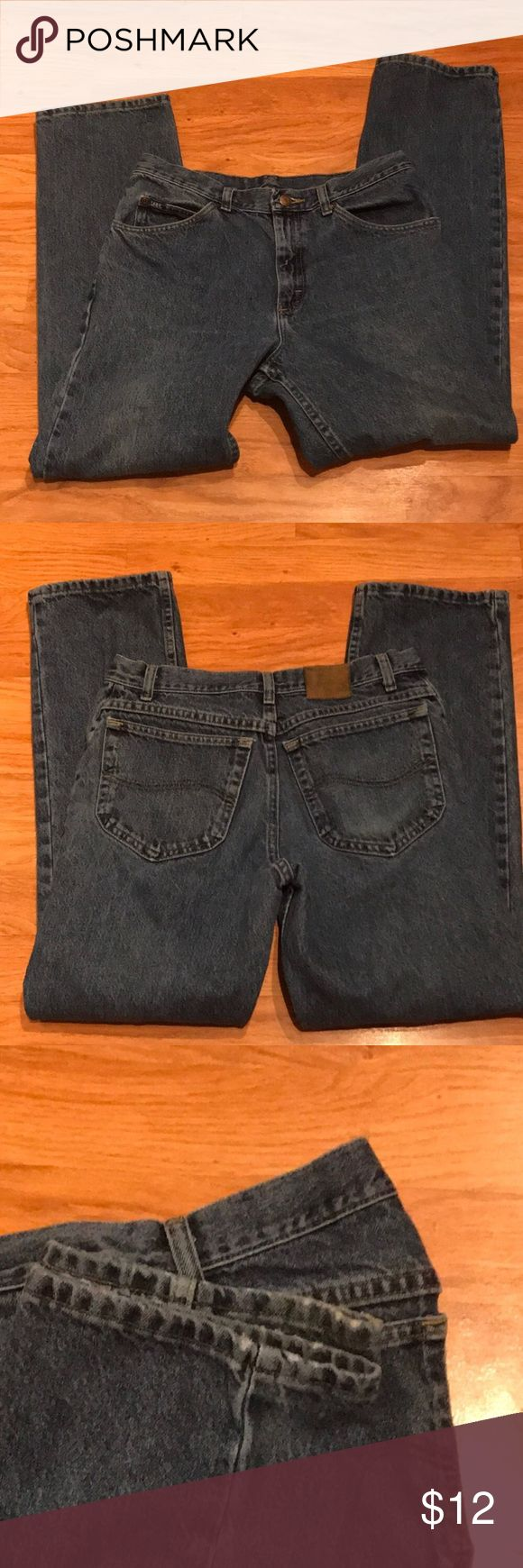 Men's Lee Jeans Men's Lee jeans. Size 32x30. The size tag is faded out, but the jeans are in really good condition.  There is some wear at the bottom hem - shown in pictures. Lee Jeans