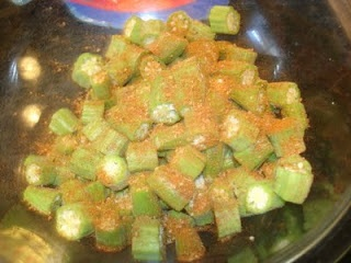 "dehydrated okra snack Essence (Emeril's Creole Seasoning) from foodnetwork.com 2 1/2 T. Paprika 2 T. Salt 2 T. Garlic Powder 1 T. Black Pepper 1 T. Onion Powder 1 T. Cayenne Pepper 1 T. Dried Leaf Oregano 1 T. Dried Thyme Mix all ingredients and store in an airtight jar or container Yield: about 2/3 cup Recipe From ""New Orleans Cooking"" by Emeral Lagasse and Jessie Tirsch. Published by William Morrow, 1993"
