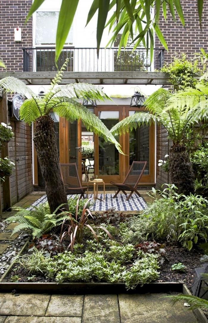 1000 images about small porch on pinterest outdoor for Images of small courtyards
