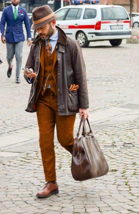 Street style Pitti Uomo 87 – Powered by Louis Purple – Ziua 4 - Stil Masculin .ro