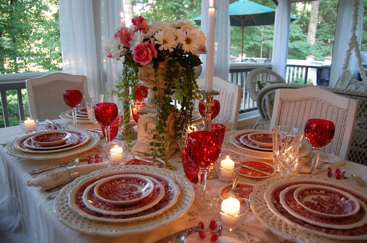 What a pretty table....