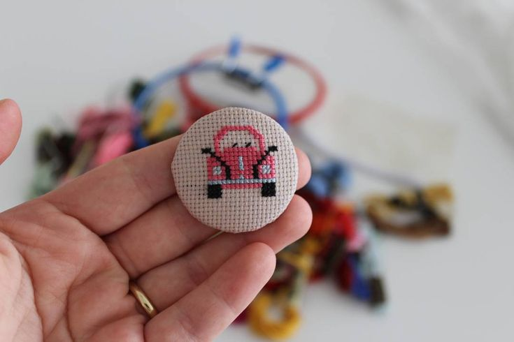 "64 Likes, 6 Comments - Buket Öztürk (@happy.nilda) on Instagram: "" Vosvos sevenler #handmade #diy #DIY #crossstitch #crossstitcher #crossstitching #etamin…"""