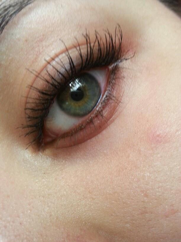 how to wear brown eyeliner