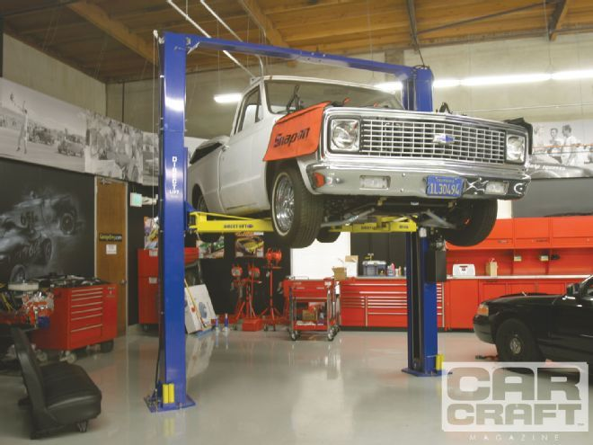 Find out the proper way of choosing the a car lift for your garage, as well as answer to your other questions in this month's What's Your Problem. Only at www.carcraft.com, the official website for Car Craft Magazine.