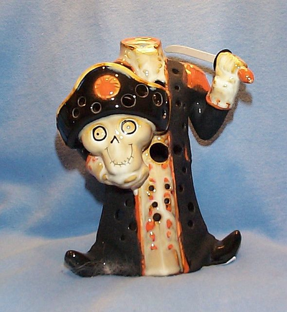 boney bunch 2009 collection | Boney Bunch 2009 Headless Pirate | Flickr - Photo Sharing!