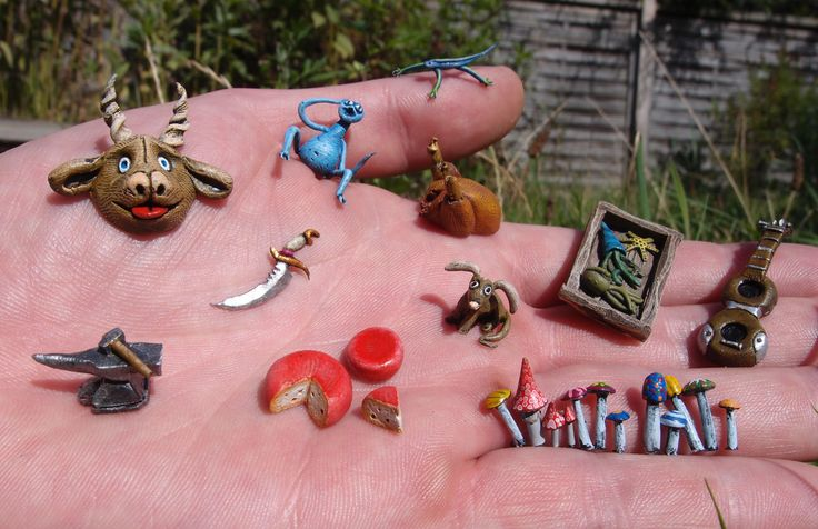 Polymer clay miniatures I made for my book on miniatures