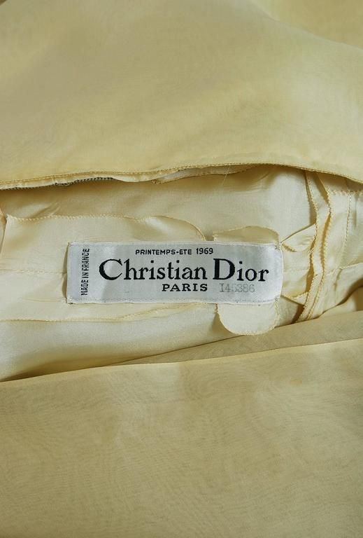 1969 Christian Dior Haute-Couture Yellow Silk One-Shoulder Grecian Goddess Gown 5